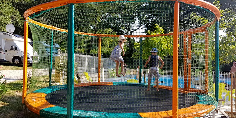 jeux enfants camping colline saint paul drome